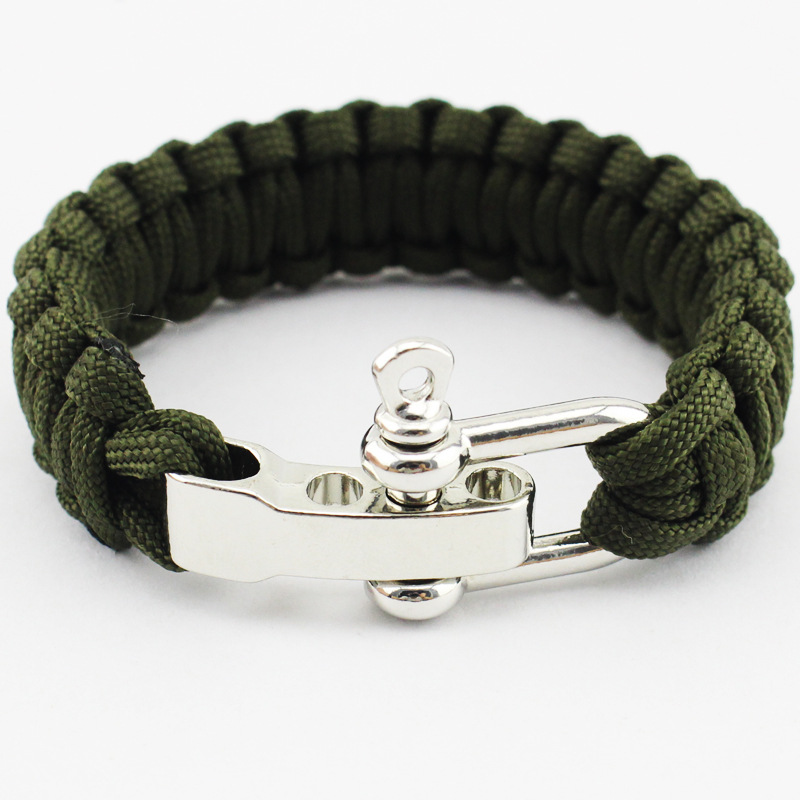 Paracord Bracelet W/ Metal Closure